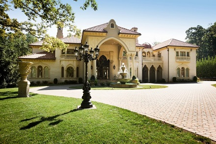 Tips on Buying a Luxury Home even if you don't have Tons of Cash