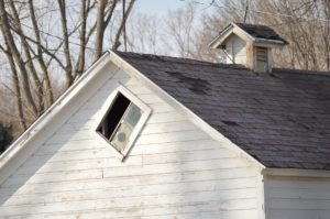 Roof needing repair, missing shingles
